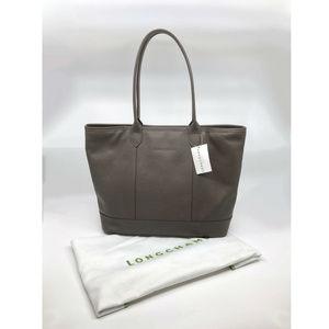 Longchamp Bags   Veau Foulonne Leather Shoulder Tote Bag   Poshmark f4a5134091